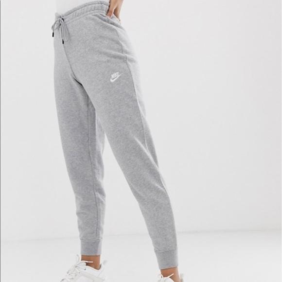 ocio secretamente Cielo  Nike Pants & Jumpsuits | Nike Standard Fit Sweatpants | Poshmark